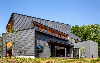 三角形の土地に建つ、自然と暮らしと仕事を楽しむ家