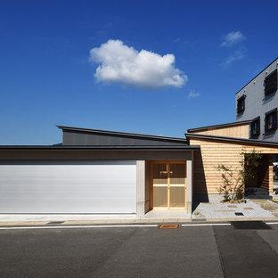 他の地域の和風のおしゃれな家の外観 (グレーの外壁) の写真