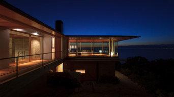 西伊豆の家 / 雄大な景色と一体になる贅沢な別荘