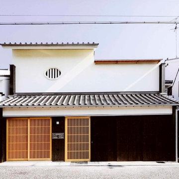 路地のある寺内町の家