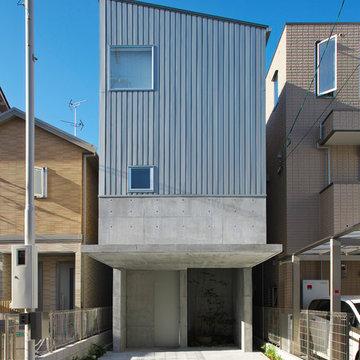 阿倍野の家 シンボルツリーのある中庭を囲む家 House in Abeno