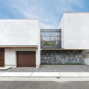 東京23区のアジアンスタイルのおしゃれな家の外観の写真