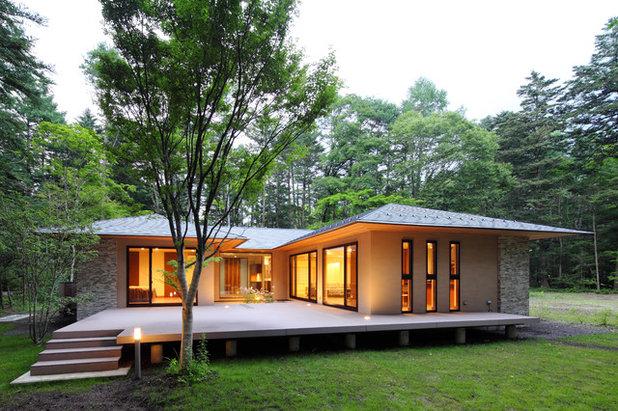 アジアン 家の外観 by 菊池ひろ建築設計室|kikuchihiro design office