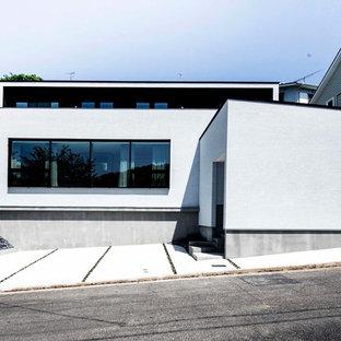 名古屋のインダストリアルスタイルのおしゃれな家の外観の写真