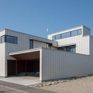 札幌のコンテンポラリースタイルのおしゃれな家の外観の写真
