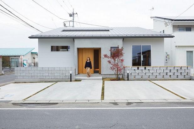 モダン 家の外観 by Polite Design Office/ポライトデザインオフィス