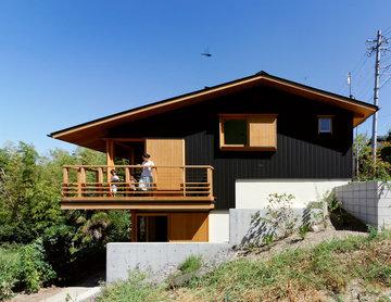 IR-House:傾斜地の家