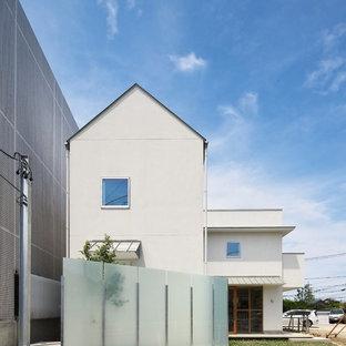 名古屋のモダンスタイルのおしゃれな白い家の写真