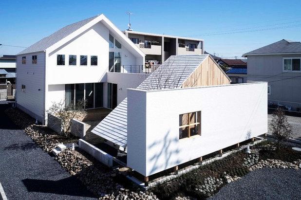 北欧 エクステリア (外観・外構) by CURIOUS design workers 一級建築士事務所