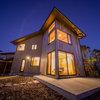 日本の匠の技をモダンに。ここちよさを追求した、光と風が通る家