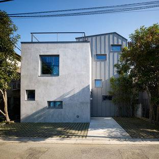 東京23区のエクレクティックスタイルのおしゃれな家の外観の写真