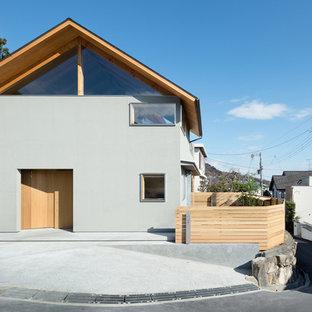 大阪のインダストリアルスタイルのおしゃれな家の外観の写真