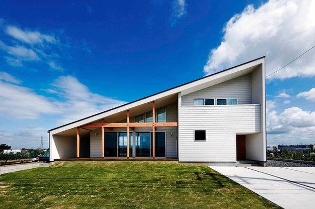 コンテンポラリー 家の外観 by CURIOUS design workers 一級建築士事務所