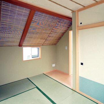 モザイクタイル・天然木羽目板のローコスト住宅、東京