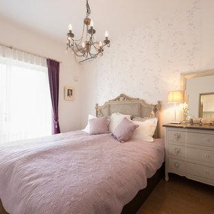 横浜のシャビーシック調のおしゃれな寝室のレイアウト