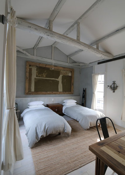 カントリー 寝室 by クラフトサイエンス一級建築士事務所