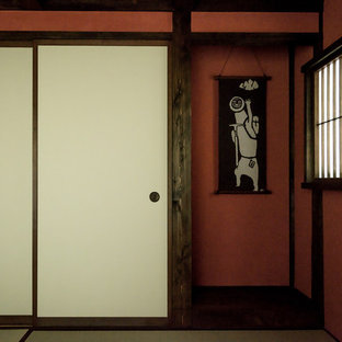 Zen guest tatami floor bedroom photo in Other with red walls