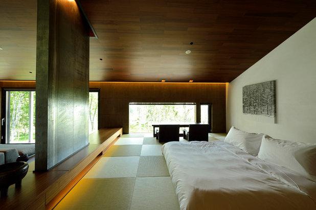 Modern Bedroom by 株式会社nAナカヤマアーキテクツ