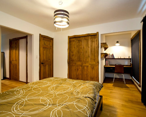 Mediterranean bedroom design ideas renovations photos for Bedroom designs plywood