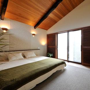 他の地域のアジアンスタイルのおしゃれな寝室 (白い壁) のインテリア