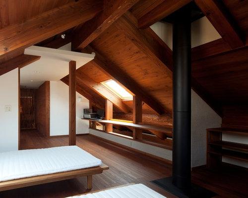 Camera da letto etnica con stufa a legna - Foto e Idee per Arredare