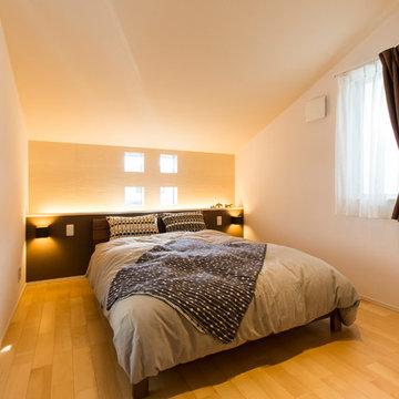 間接照明でゆったりできる寝室