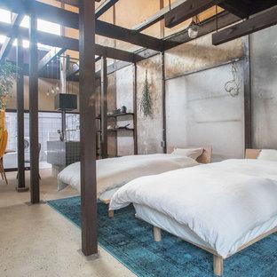 京都のアジアンスタイルのおしゃれな寝室 (グレーの壁、コンクリートの床、グレーの床) のレイアウト