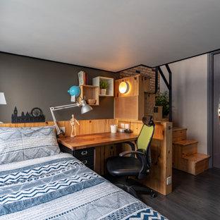 他の地域のエクレクティックスタイルのおしゃれな寝室のレイアウト