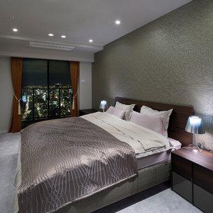 大阪のモダンスタイルのおしゃれな寝室 (グレーの壁) のレイアウト