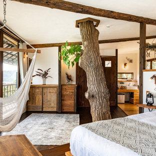 他の地域のトロピカルスタイルのおしゃれな寝室