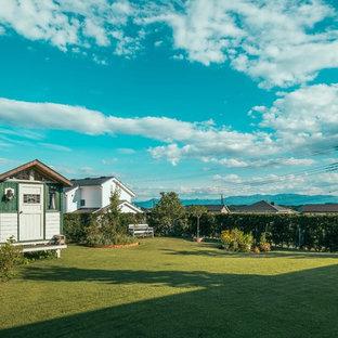 他の地域のカントリー風おしゃれな庭 (半日向) の写真