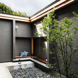 京都のアジアンスタイルのおしゃれな中庭の写真