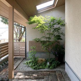 福岡のアジアンスタイルのおしゃれな整形庭園の写真
