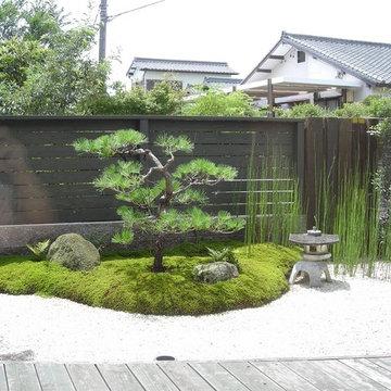 和と洋 融合の庭
