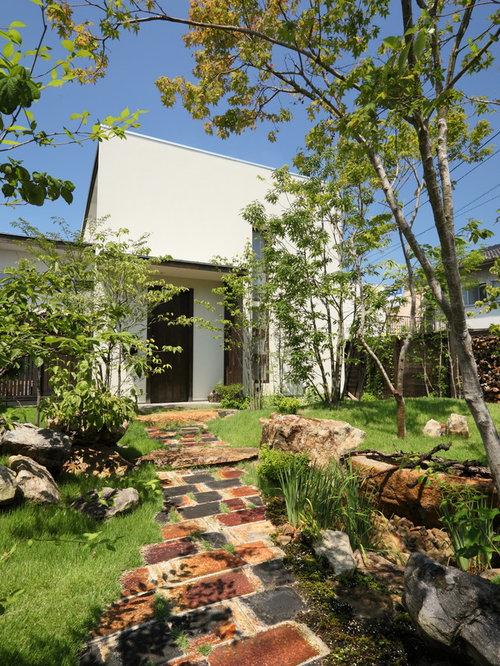 jardin scandinave avec une entr e ou une all e de jardin photos et id es d co de jardins. Black Bedroom Furniture Sets. Home Design Ideas