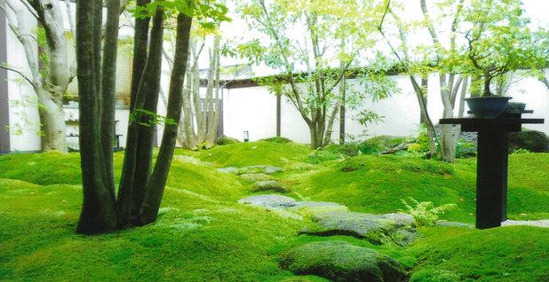 Asiático Jardín by 有限会社 三樹園