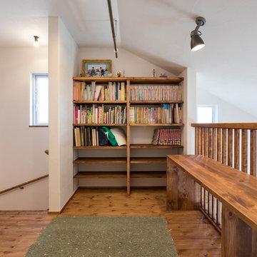 かわいい絵本がならぶ 自然素材の家