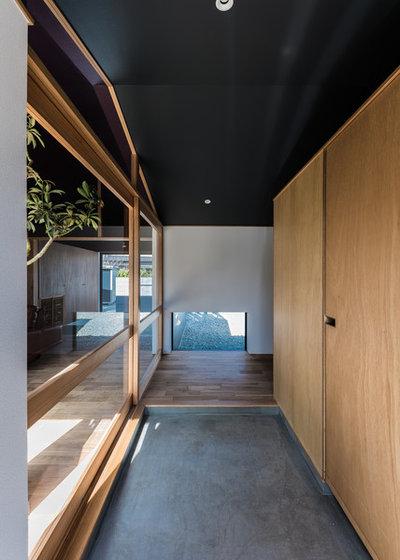コンテンポラリー 廊下 by Smart Running 一級建築士事務所