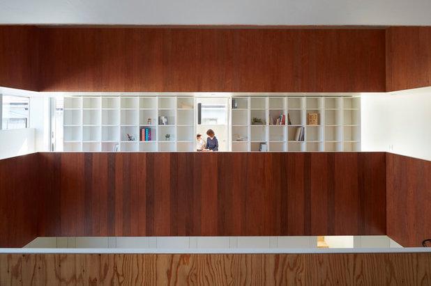 廊下 by 小泉設計室