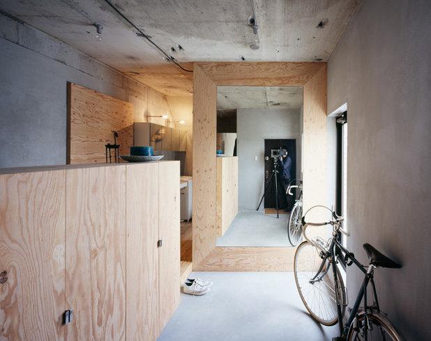 インダストリアル 廊下 by 成瀬・猪熊建築設計事務所 一級建築士事務所