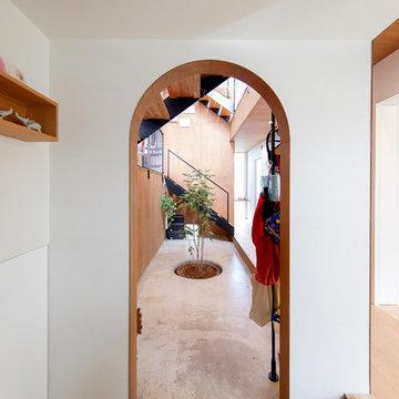家の中にある土間ホールへの入り口