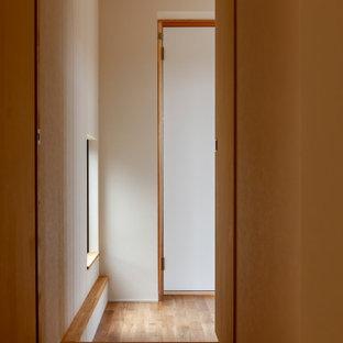 Aménagement d'un couloir asiatique.