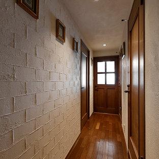 他の地域のカントリー風おしゃれな廊下の写真