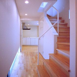 Réalisation d'un couloir minimaliste.