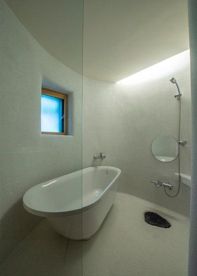 コンテンポラリー 浴室 by 遠野未来建築事務所