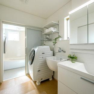 日本 名古屋の北欧スタイルの浴室の写真