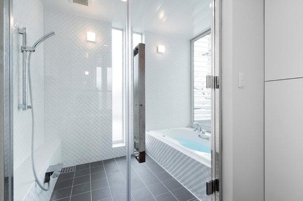 モダン 浴室 by 株式会社ヴァンクラフト空間環境設計