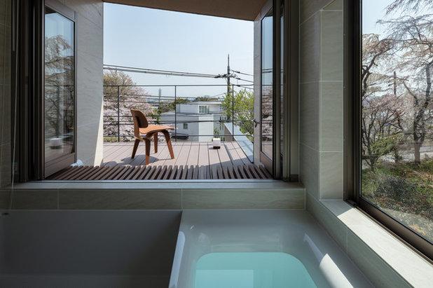 モダン 浴室 by 株式会社岸研一建築設計事務所