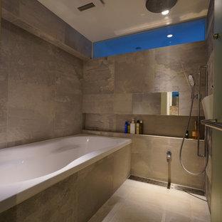 横浜のモダンスタイルのおしゃれな浴室の写真