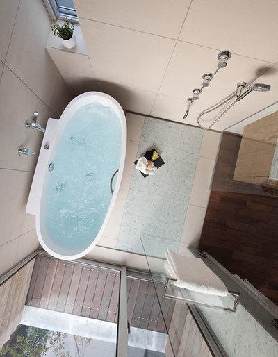 Contemporary Bathroom by Studio CY(株)スタジオ サイ